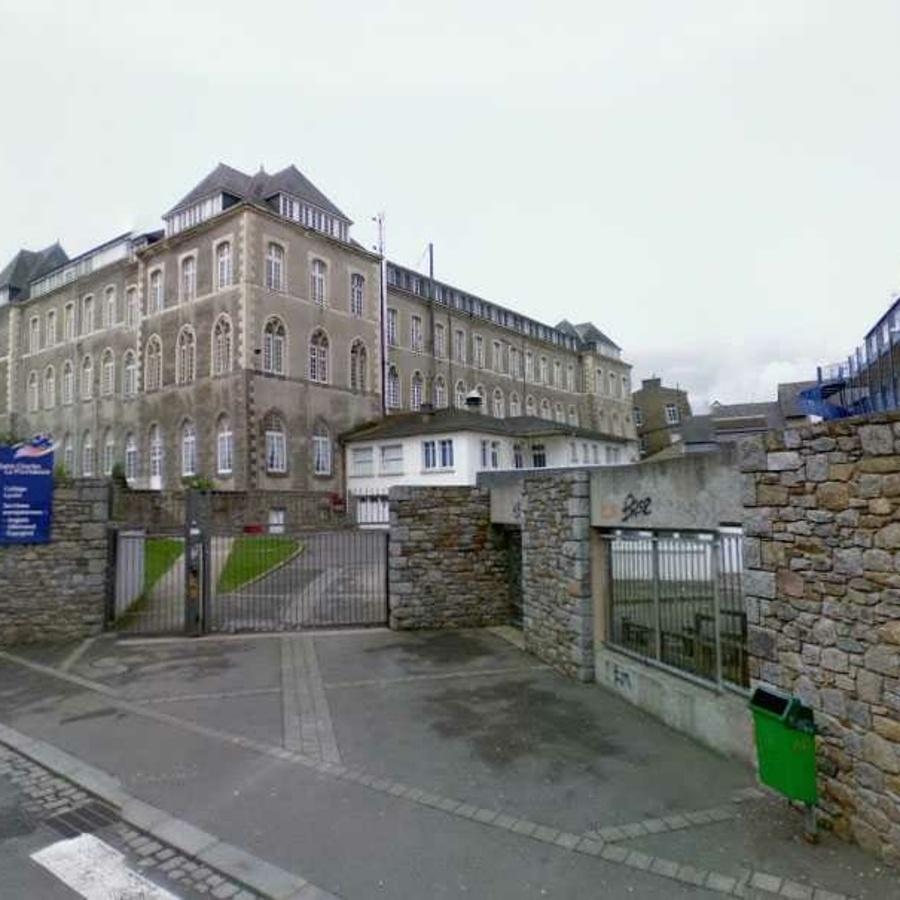 Fibres optiques - Lycée Saint Charles de Saint Brieuc.